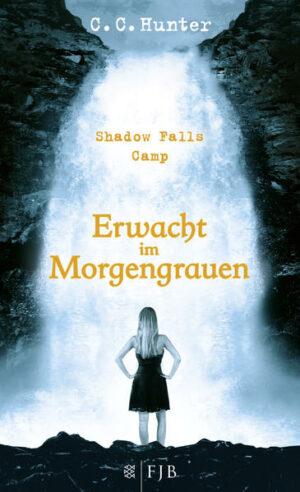 Shadow Falls Camp – Erwacht im Morgengrauen | Bundesamt für magische Wesen