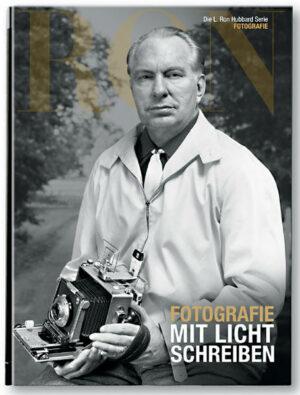 L. Ron Hubbard: Fotografie | Bundesamt für magische Wesen