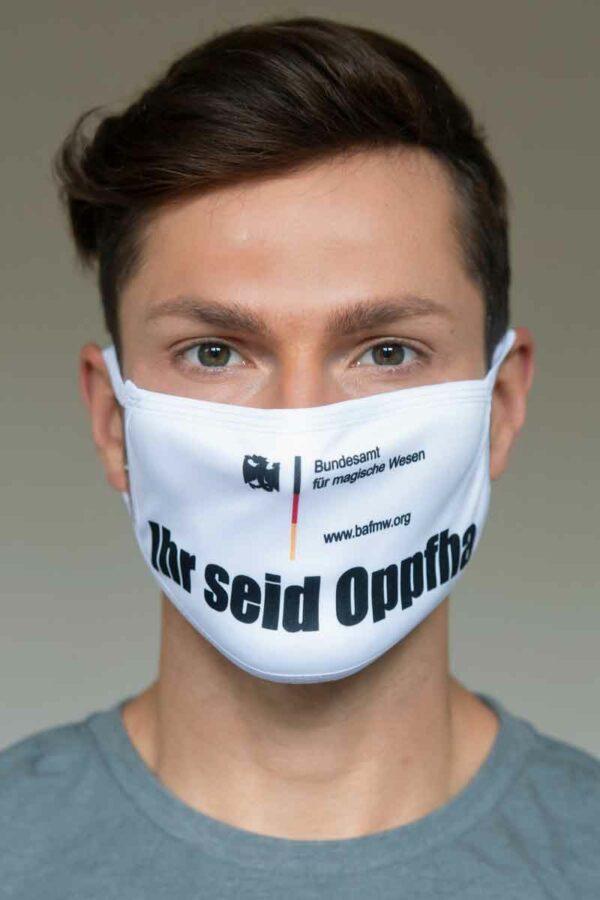 """Mund-Nasen-Schutz """"Ihr seid Oppfha"""""""