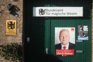 Linksgrünversiffte Behörden im Wahlkampf mit Ulrich Kelber und Travestie für Deutschland - ein Ärgernis für rechte Wutbürger (Foto: Bundesamt für magische Wesen)