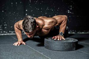 Sogenannte Workouts entsprechen kontemplativen Übungen auf körperlicher Ebene, die indirekt auch dem Geist der Fitnessjünger zugutekommen.
